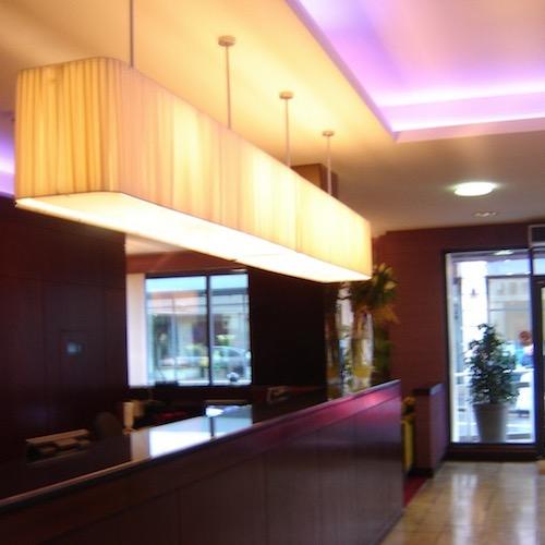 MALDRON HOTEL DERRY LOBBY 2