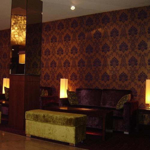 MALDRON HOTEL DERRY LOBBY 6